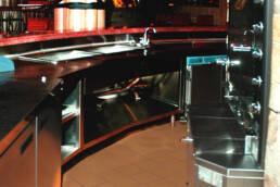 open commercial kitchen uai